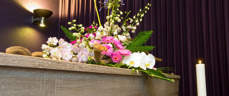 Венки ритуальные элитные на похороны