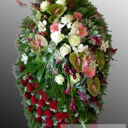 Фото 9 - Траурный венок из живых цветов ВЖЦ-15.
