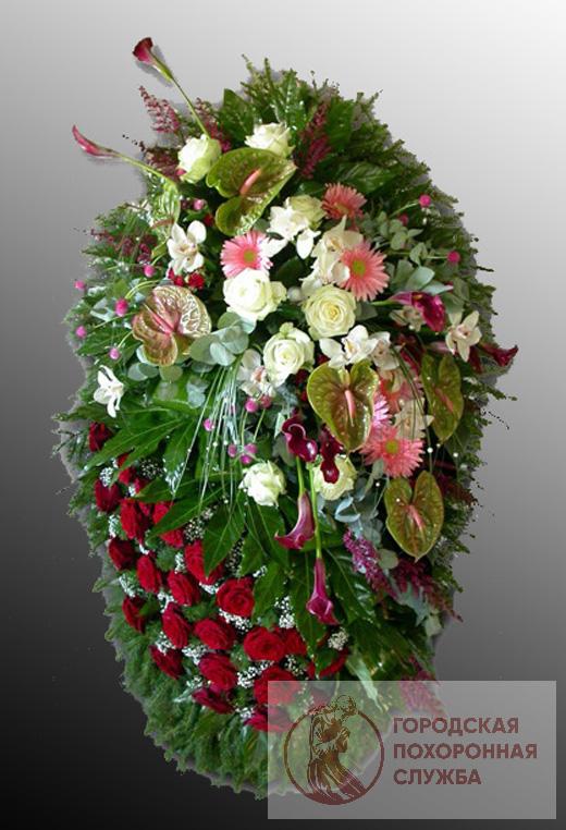 Траурный венок из живых цветов №15