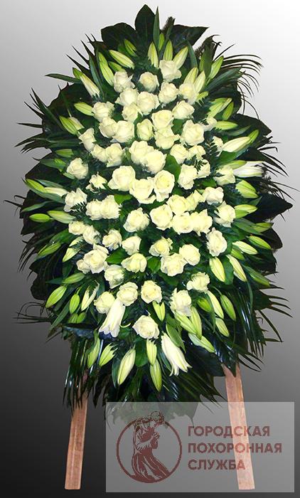Траурный венок из живых цветов №21