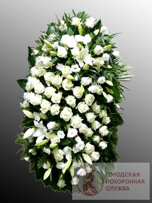 Траурный венок из живых цветов №22