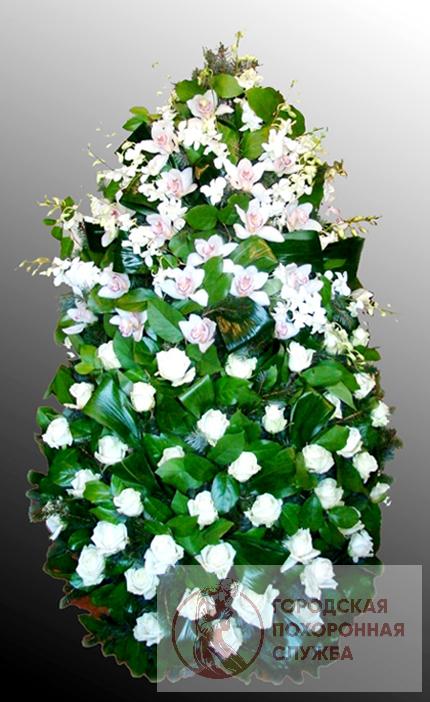 Траурный венок из живых цветов №24