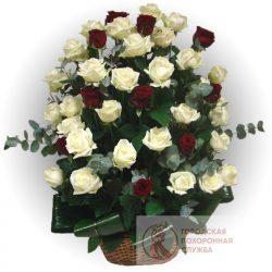 Фото 28 - Ритуальные корзина из живых цветов ЖК-09.