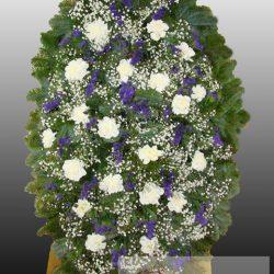 Фото 30 - Элитный ритуальный венок из живых цветов №11.
