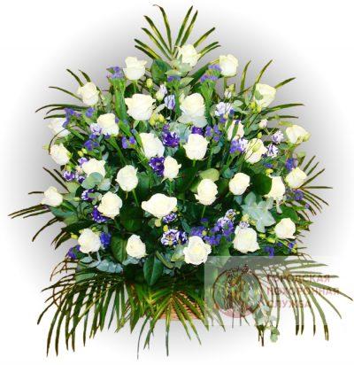 Фото 1 - Ритуальные корзина из живых цветов ЖК-11.