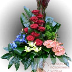 Фото 10 - Ритуальные корзина из живых цветов ЖК-15.