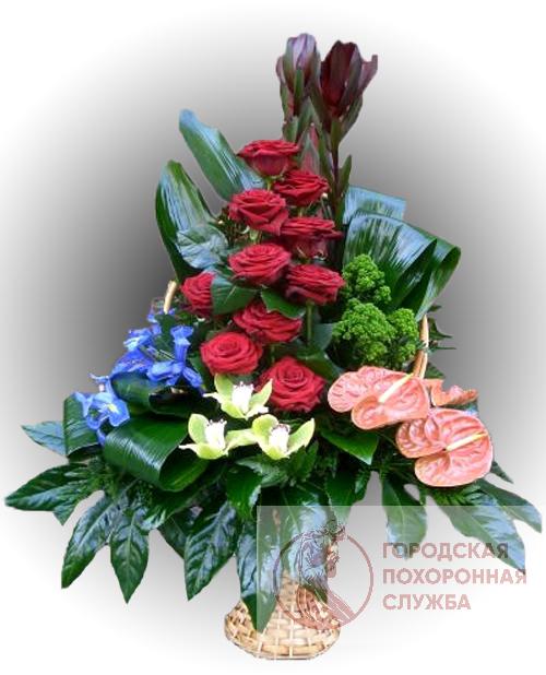 Ритуальная корзина из живых цветов ЖК №15