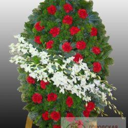 Фото 30 - Элитный ритуальный венок из живых цветов №19.