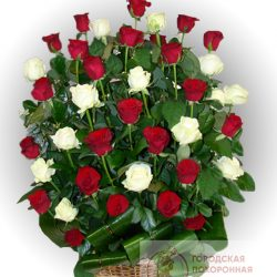Фото 19 - Ритуальные корзина из живых цветов ЖК-19.