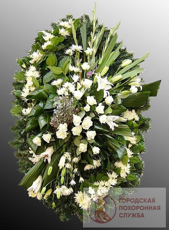 Траурный венок из живых цветов №28