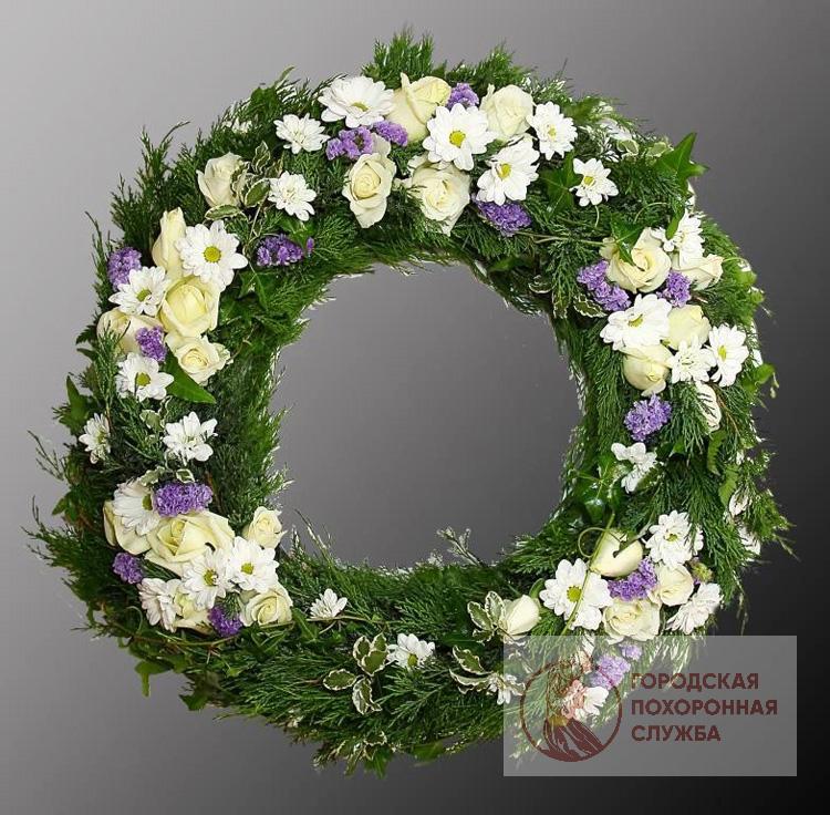 Траурный венок из живых цветов №41