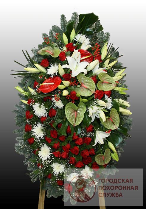 Траурный венок из живых цветов №4