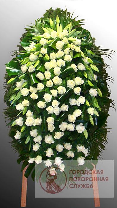 Траурный венок из живых цветов №43
