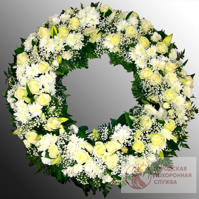 Траурный венок из живых цветов №53