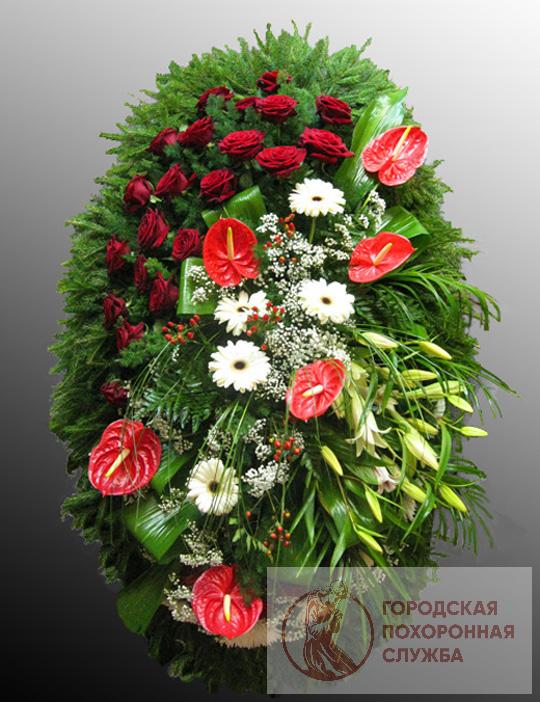 Траурный венок из живых цветов №62