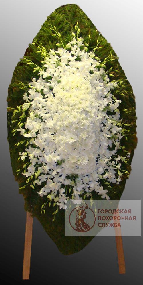 Траурный венок из живых цветов №70