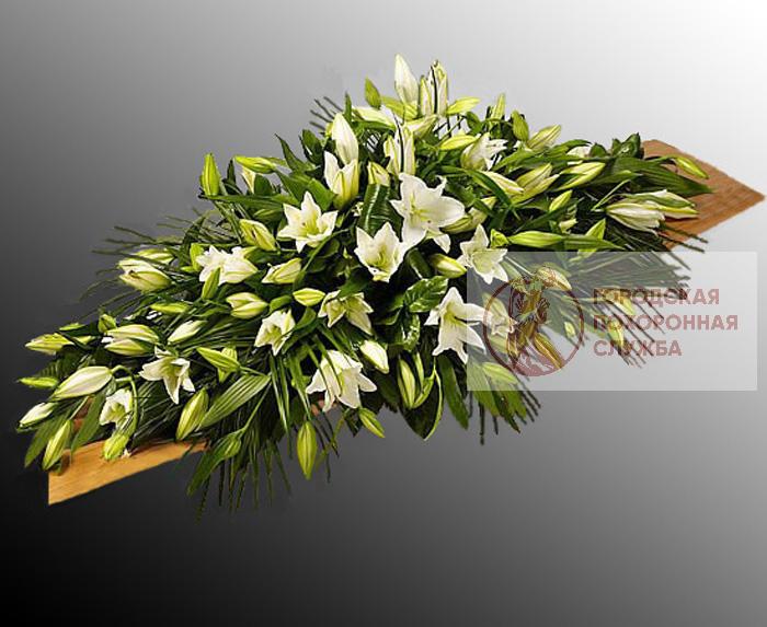 Ветка памяти из живых цветов №7