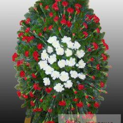 Фото 5 - Элитный ритуальный венок из живых цветов №8.