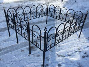 Ограда на могилу 3