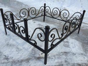 Ограда на могилу 17