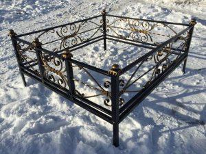 Ограда на могилу 18