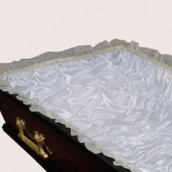 Фото 3 - Постель-гофре для обивки гроба атлас с золотым кружевом ПС-004.