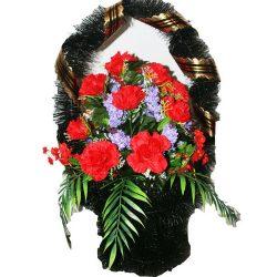 Фото 29 - Ритуальная корзина из искусственных цветов ИК-02.